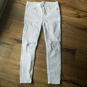 White Free People busted knee skinny Jeans